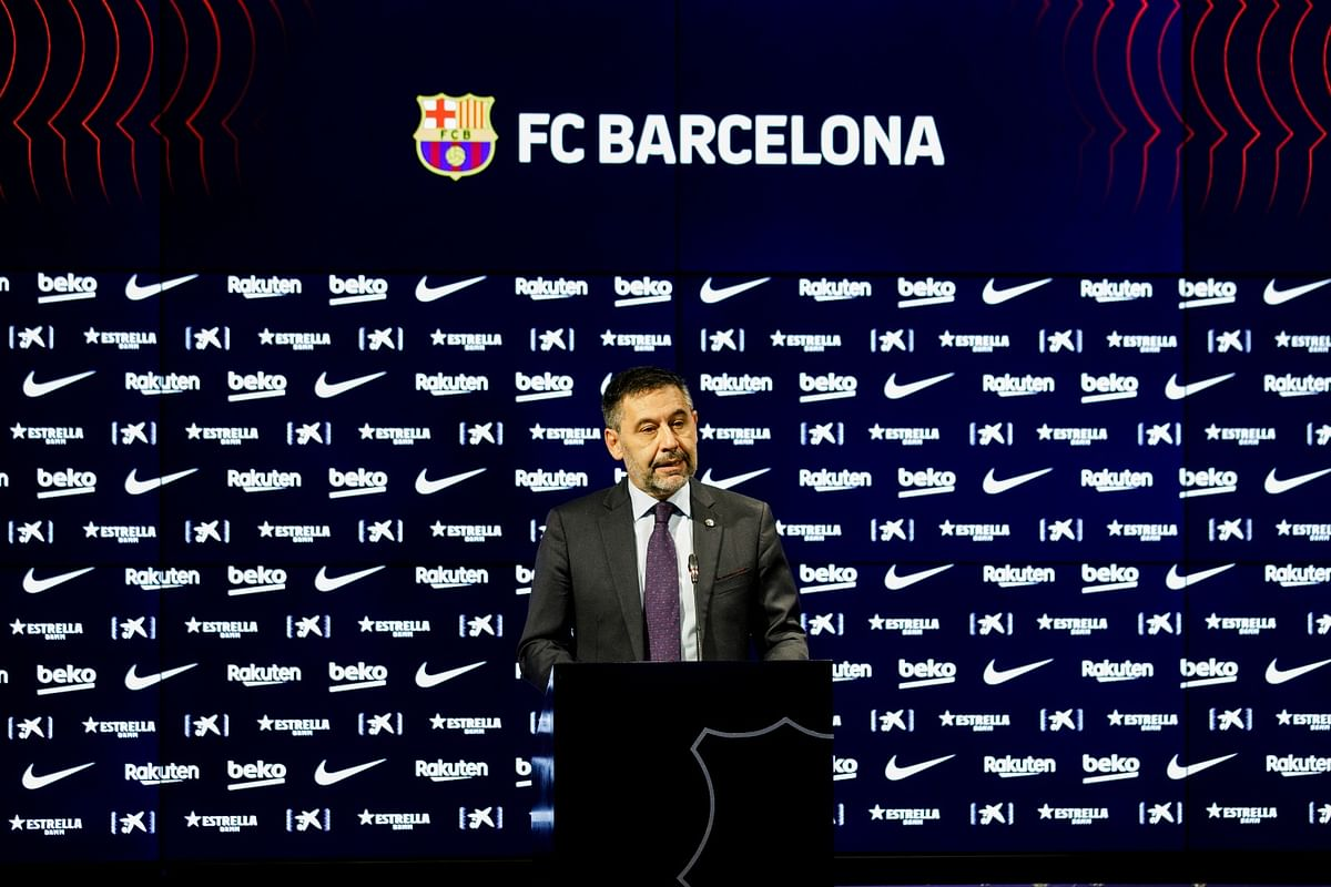 Barcelona President Josep Bartomeu quits amid feud with Messi; Twitter calls it 'one of the biggest wins'