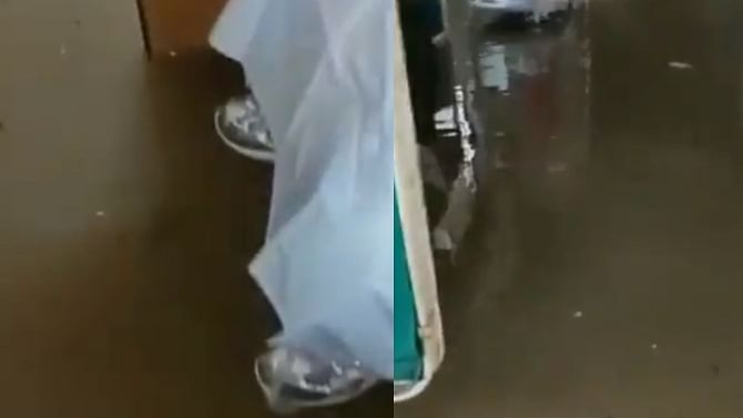 Chhattisgarh: COVID-19 ward flooded in Ambikapur Medical College due to heavy rains