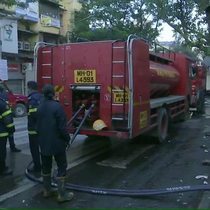 Mumbai: Fire breaks out at market near Chembur railway station