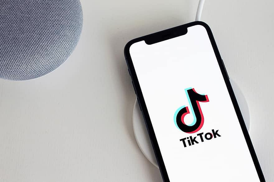 Days after ban, Pakistan restores TikTok services