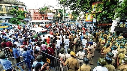 BJP neta's death triggers protests in WB