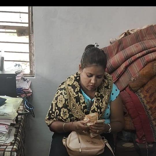 Hooch tragedy in Ujjain: Kingpin's girlfriend arrested