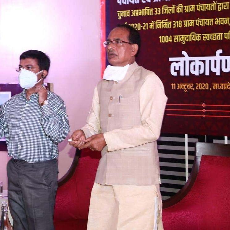 Madhya Pradesh: Migrant labourers roped in building rural infrastructure, says CM Shivraj Singh Chouhan