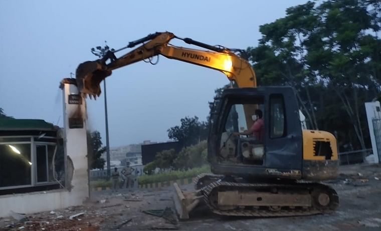Andhra Pradesh govt demolishes compound wall of GITAM University, triggers outrage