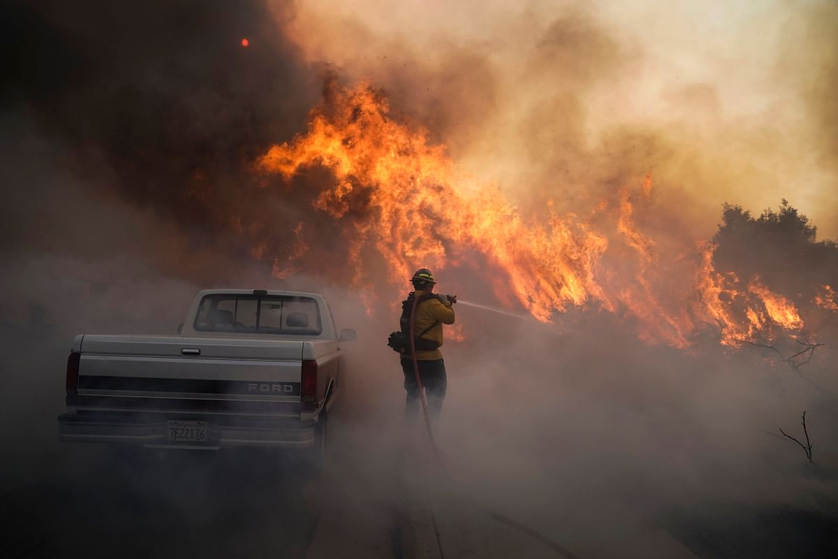 Extreme fire weather conditions in California
