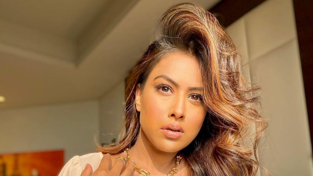 Mumbai: 'Nagin' actress Nia Sharma's handbag stolen from her car
