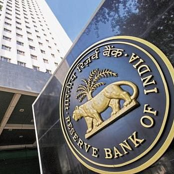 RBI allows commercial banks to pay up to 50% of pre-COVID dividends