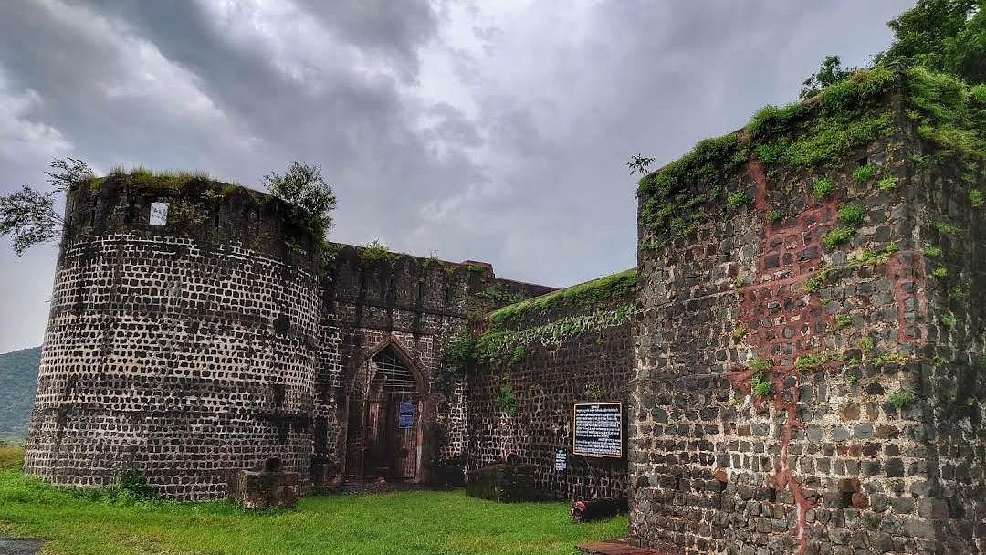 Kushalgarh: 600-yr-old fort with picturesque setting