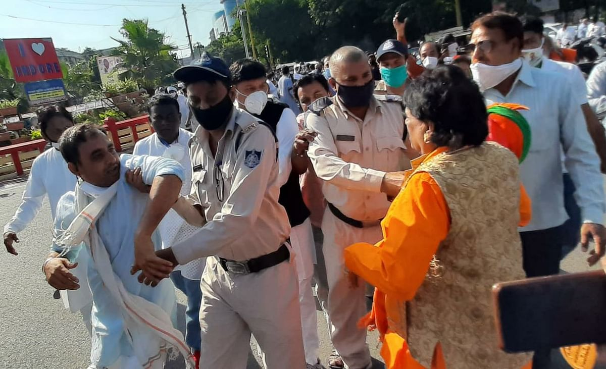 Indore: Violence mars Gandhi Jayanti celebration as Congress fumes over BJP leader wearing Modi mask at the event