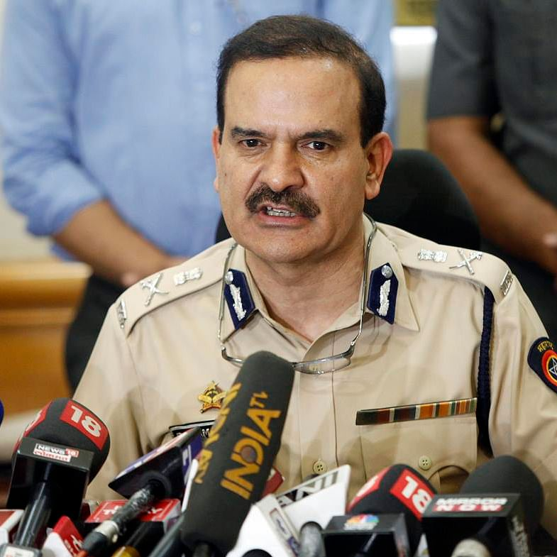 'Anil Deshmukh asked Sachin Vaze to collect Rs 100 cr from bars in a month': Shunted Mumbai police commissioner Param Bir Singh writes to CM Uddhav Thackeray