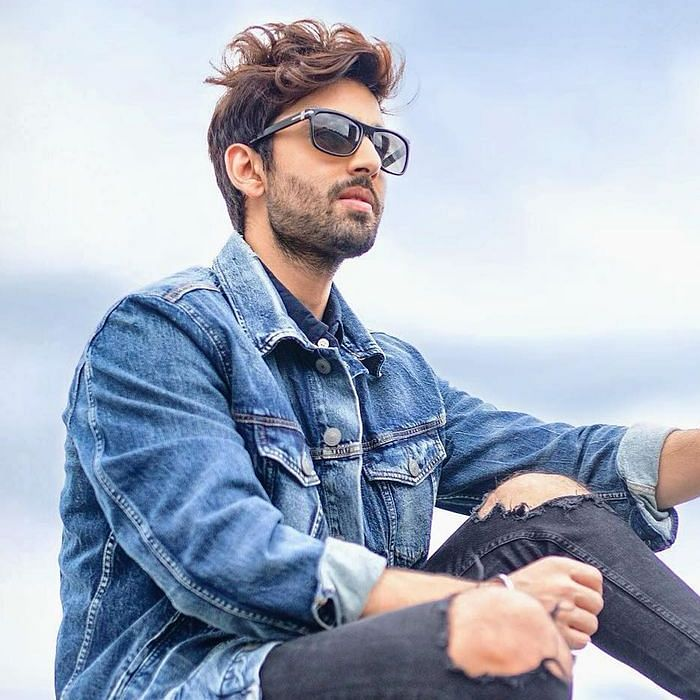 'Thought of cheering myself up': Amid reports of ex-GF Neha Kakkar's marriage, Himansh Kohli gifts himself a swanky sports car