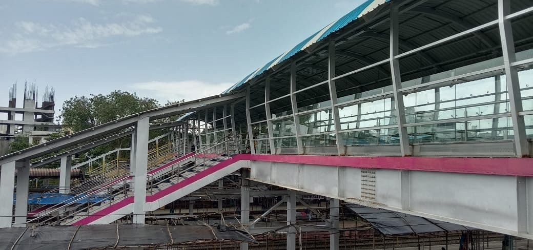 Western Railway opens new foot over bridge at Vasai road station