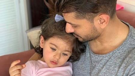 Kunal Kemmu gets daughter Inaaya's name inked