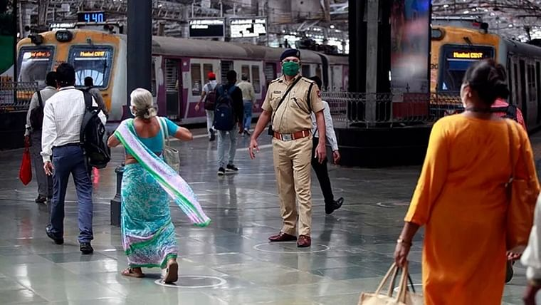 Mumbai local trains: Daily 20 fake ID card holders are caught and penalised, says Western Railway