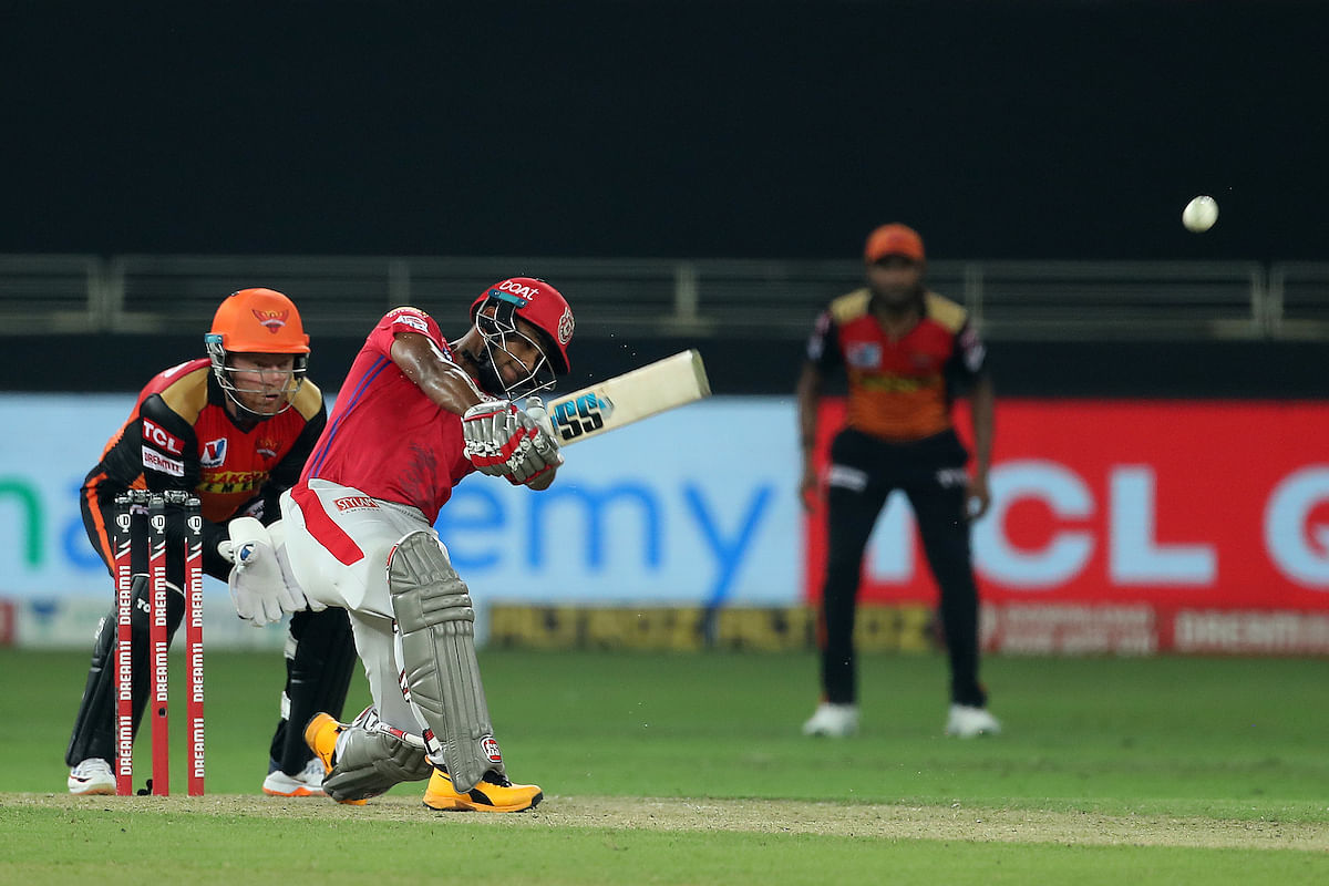 'Even Pooran can't save such boundaries': Netizens amazed by Nicholas' 17-ball 50