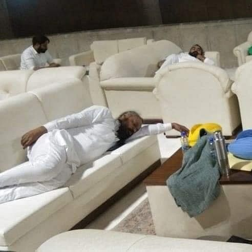Farm Acts 2020: Protesting AAP MLAs spend night in Punjab assembly