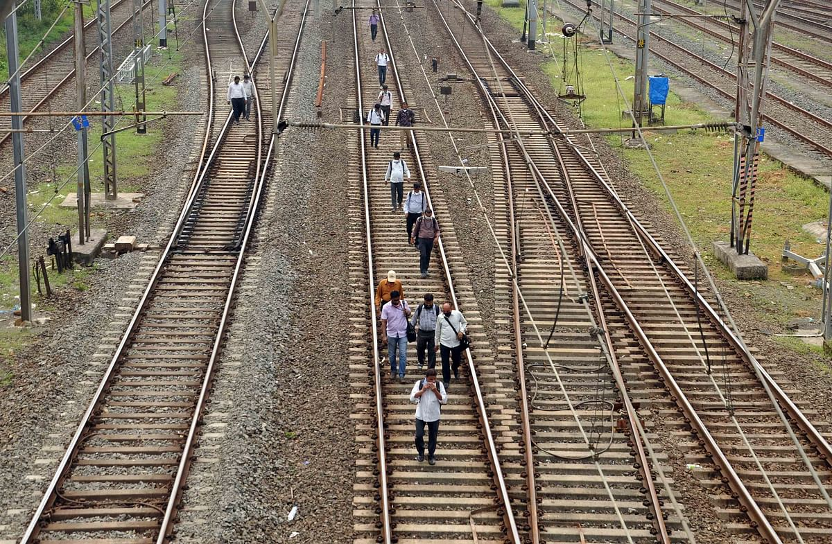 Mumbai blackout: Suburban and long distance trains come to a halt