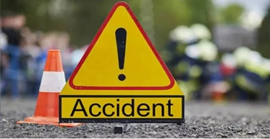 Madhya Pradesh: Two killed, five injured in a highway accident in Seoni
