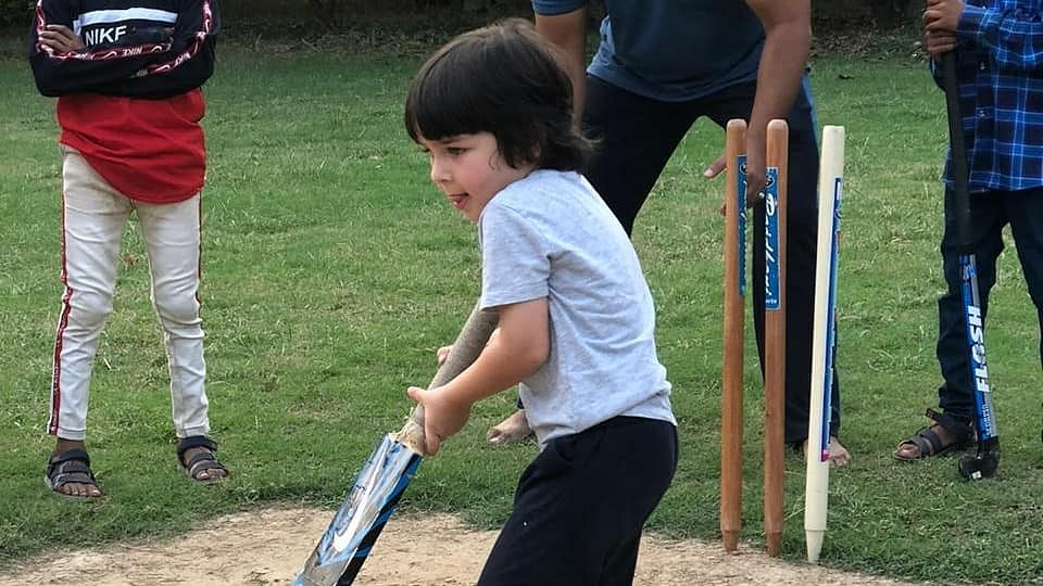 Kareena Kapoor Khan shares adorable pic of Taimur playing cricket, asks 'any place in the IPL?'
