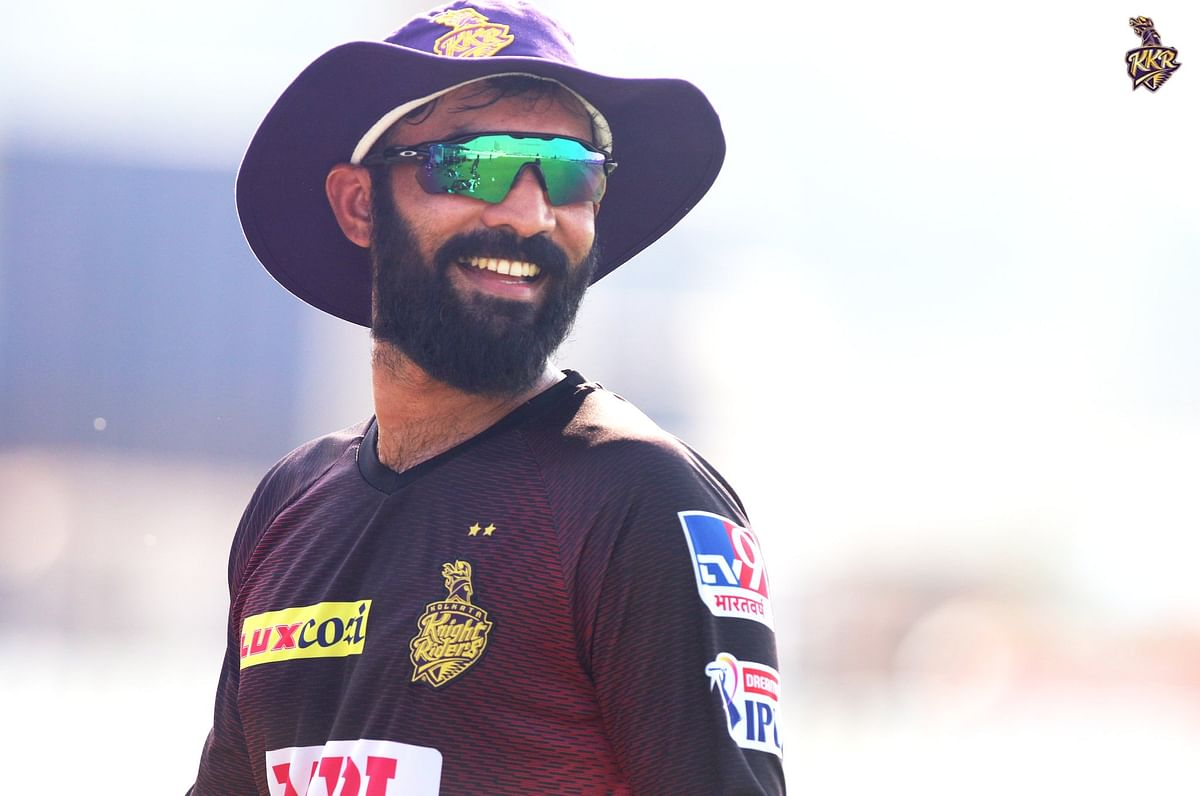 Sack Dinesh Karthik: KKR fans want Eoin Morgan to lead after defeat against DC