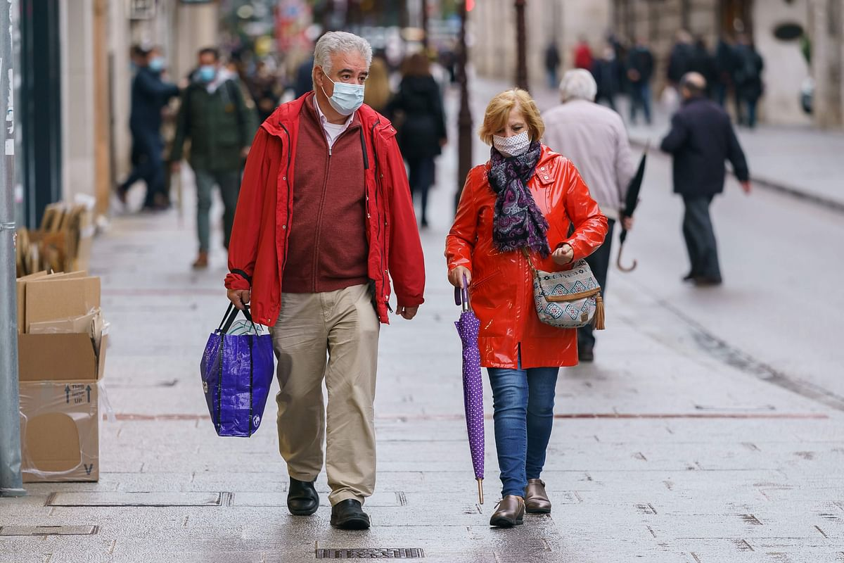 Spain sets ominous record of 1 million coronavirus cases