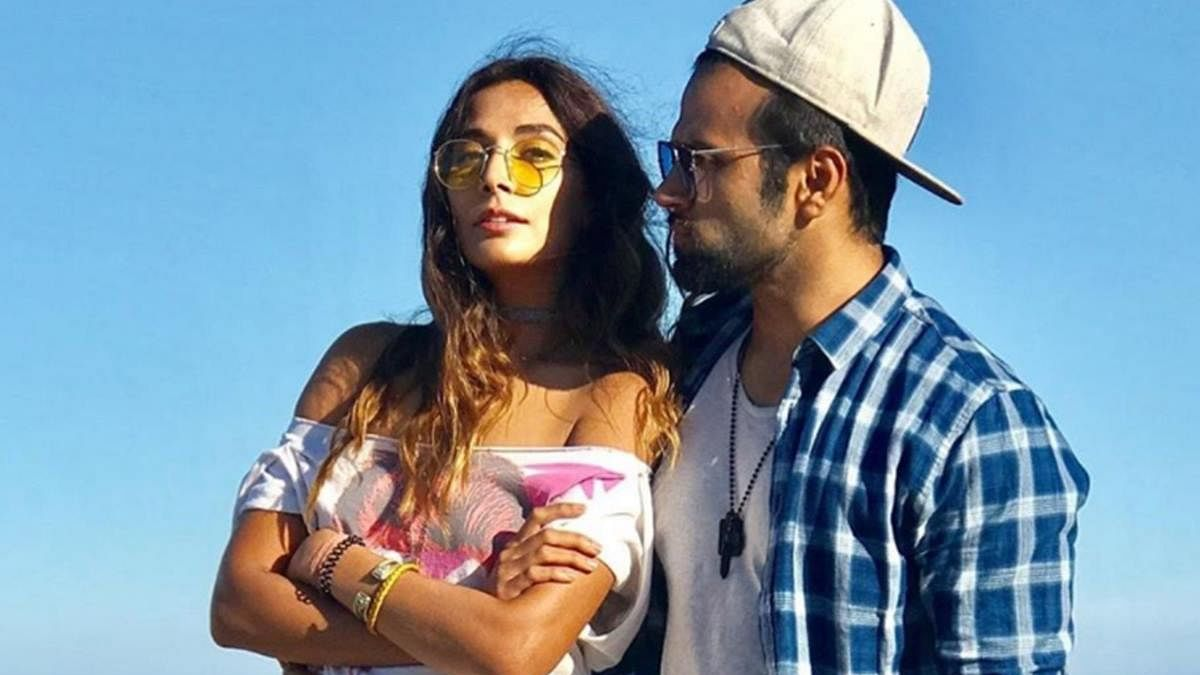 TV actor Rithvik Dhanjani is now dating singer Monica Dogra: Report