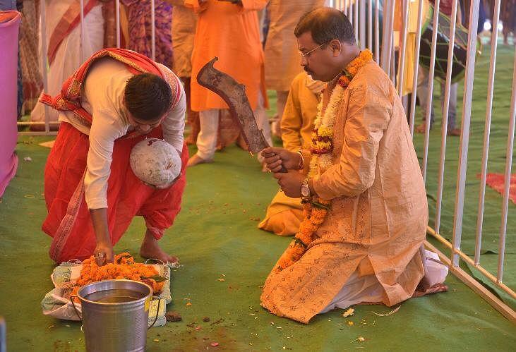 Maha-Navami 2020: Navami Havan held, bhog distributed in Indore