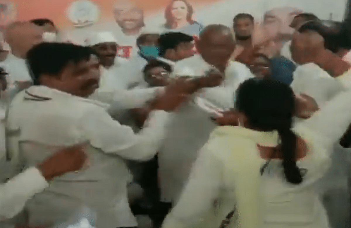 'Women empowerment INC style': Twitter furious as UP Congress workers thrash leader in Deoria