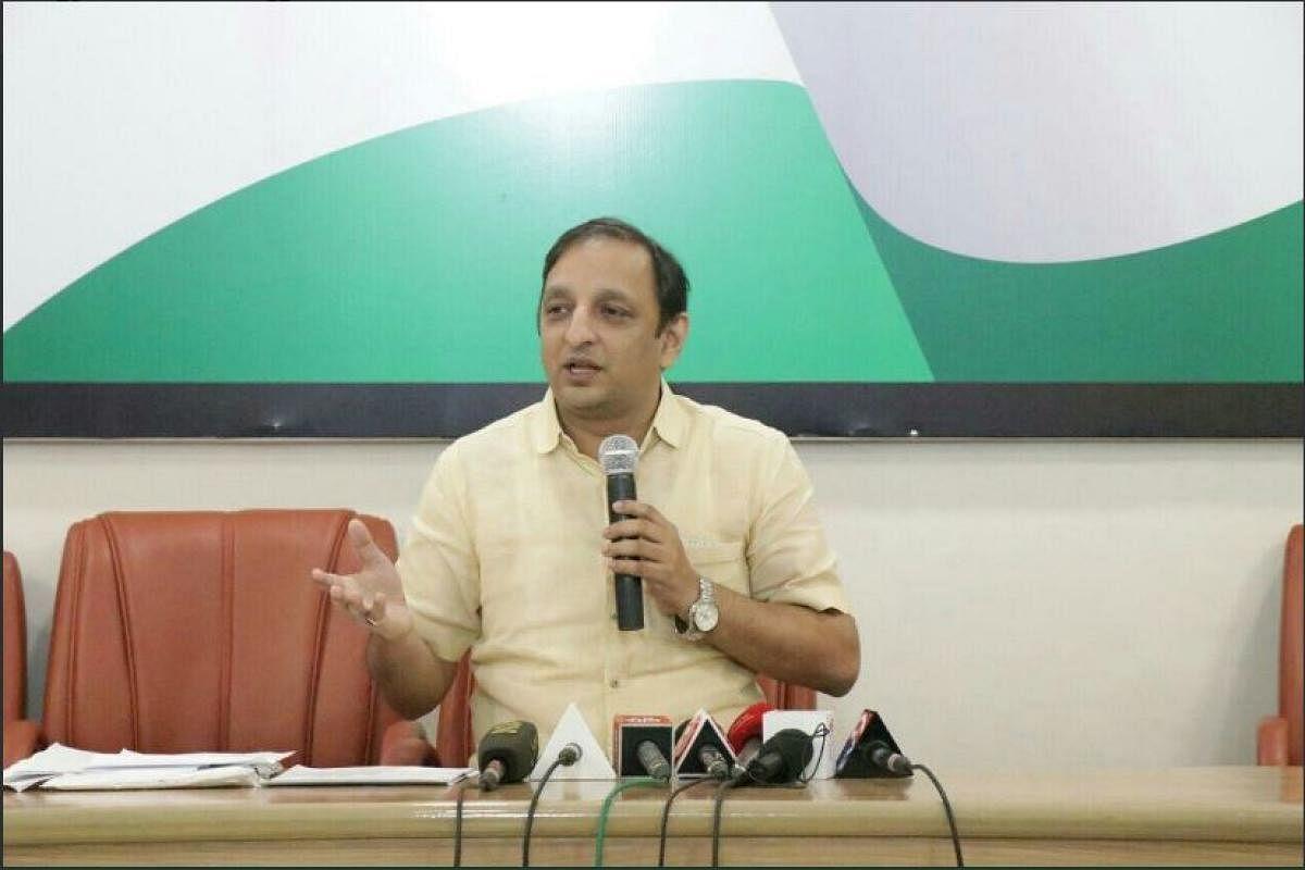 Fake Twitter accounts: Congress demands probe into BJP's social media 'conspiracy'
