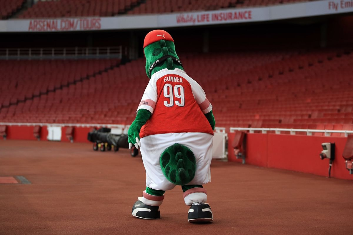 'It's been a good run, my friend': Arsenal fans left teary-eyed as club sacks mascot Gunnersaurus on deadline day