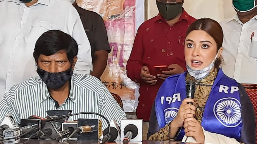 After accusing Anurag Kashyap of sexual assault, Payal Ghosh joins Republic Party of India (RPI)