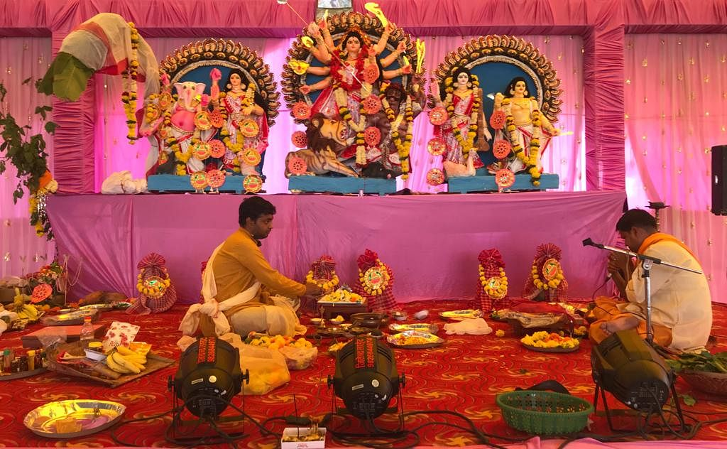 Durga Pujo 2020: Bengalis celebrate Maha Ashtami, take part in Sandhi Puja in Indore