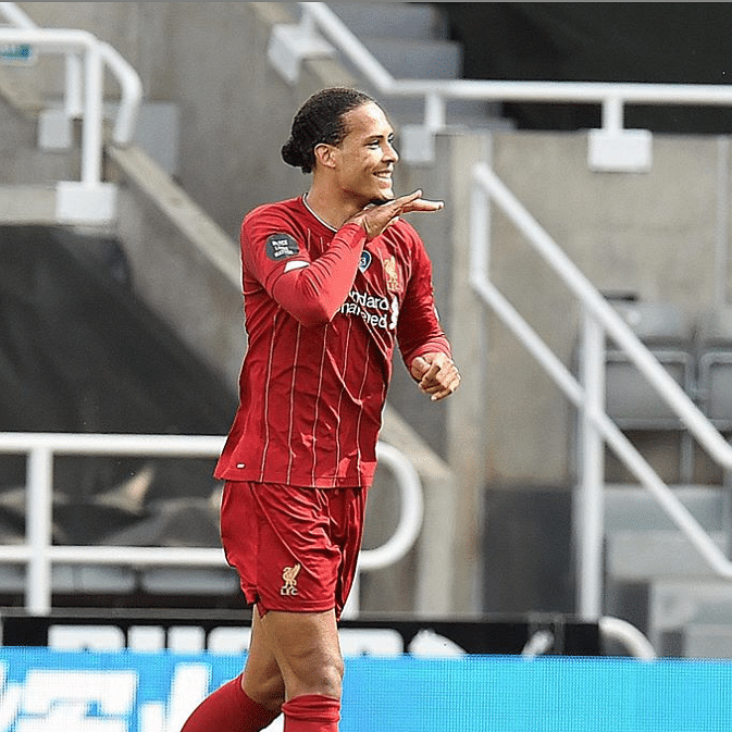 Liverpool defender Virgil van Dijk undergoes successful knee surgery