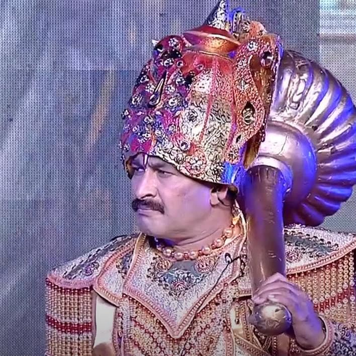'Hindi ka apmaan': Video of Manoj Tiwari saying 'ek second' at Ayodhya's Ramlila has netizens go ROFL