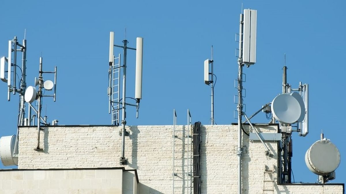 Mumbai civic body releases rooftop mobile tower policy