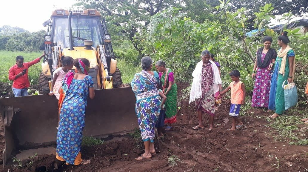 Aarey: Local Adivasis miffed as forest officials carry out tree cutting