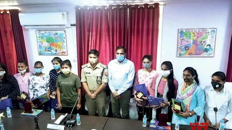 In UP's Jhansi, 9 girls take charge as officers for a day