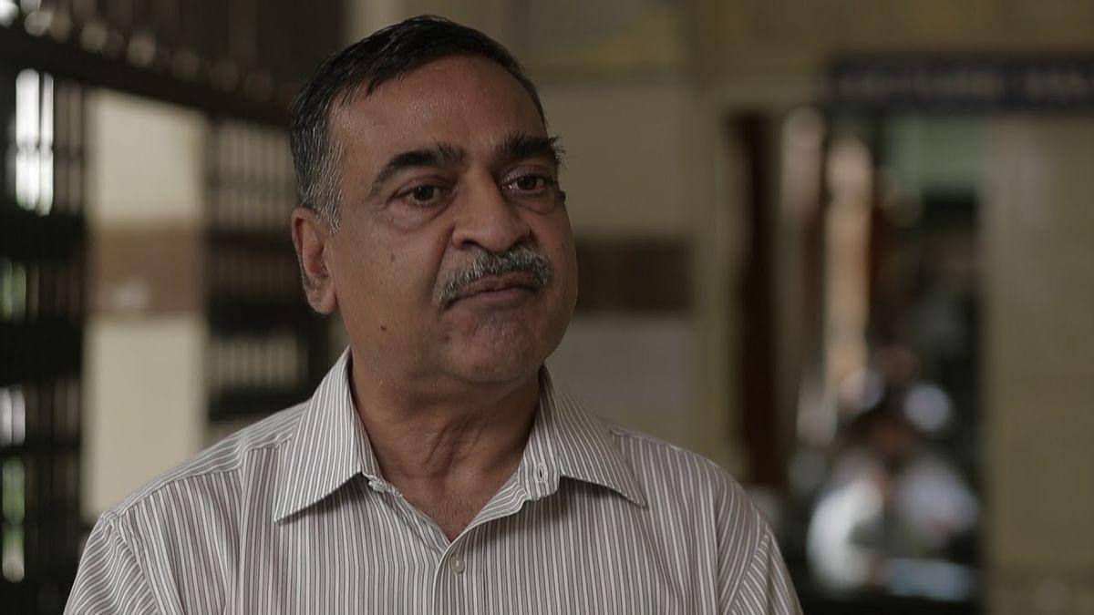 Dr Sanjay Dixit