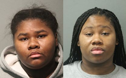 Mask quarrel: Chicago sisters stab guard 27 times