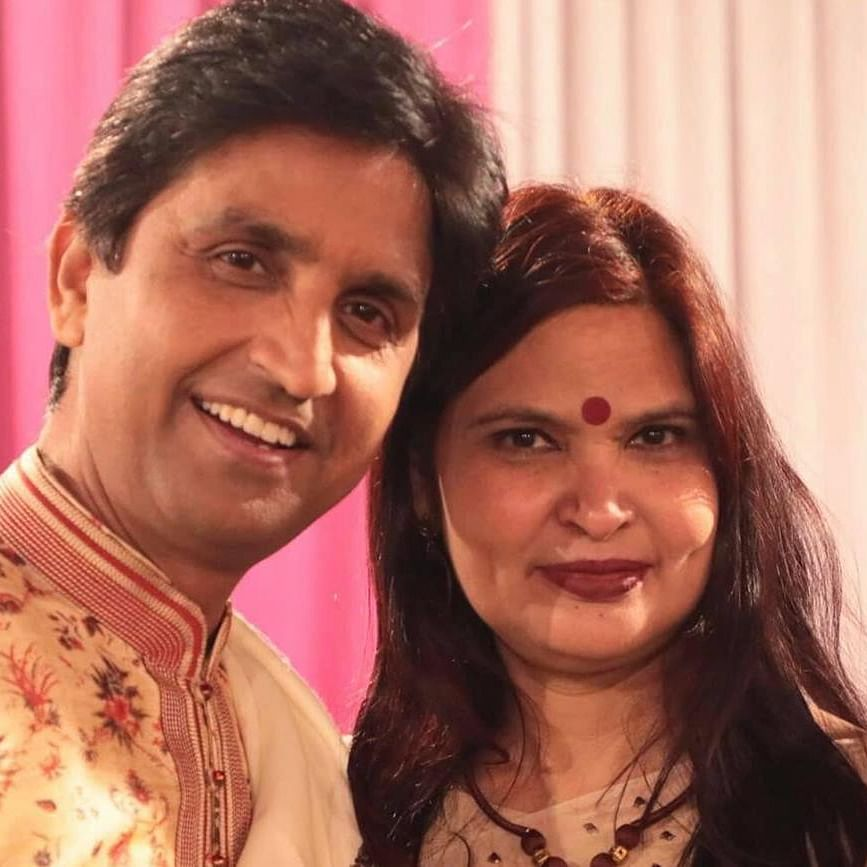 Who is Manju Sharma? Meet wife of famous Hindi poet Kumar Vishwas