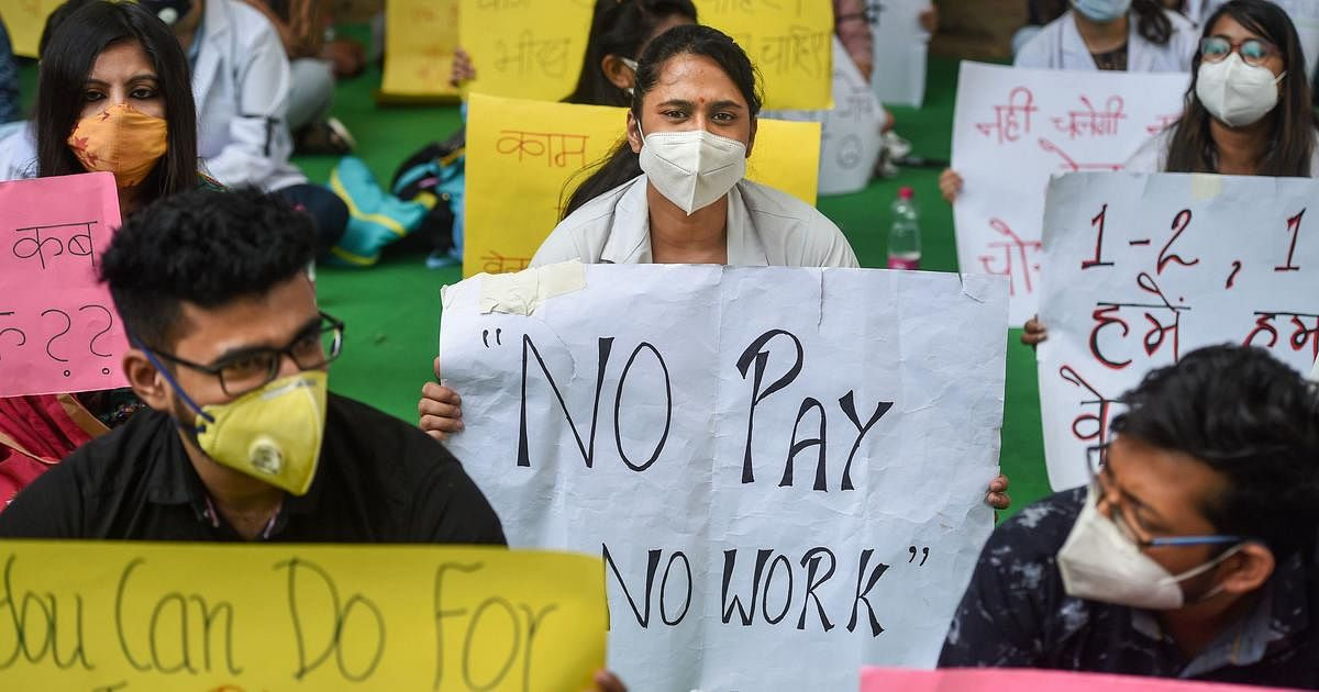 Doctors of Govt hospitals to hold two-hour protest today over salary dues in Delhi