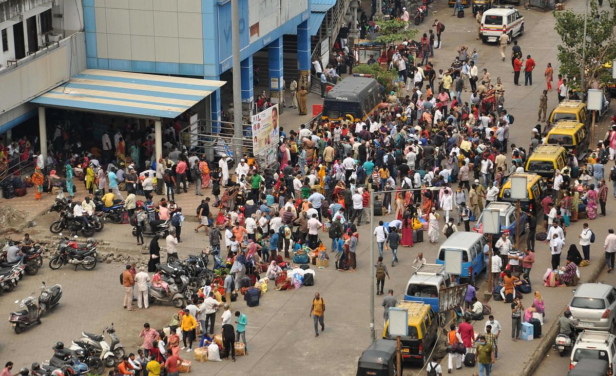 Mumbai: Outage causes max city to take mega tumble; trains, offices, exams halt in their tracks