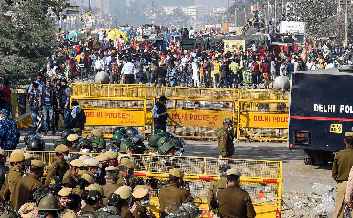 Shiv Sena slams BJP for treating agitating farmers as terrorists