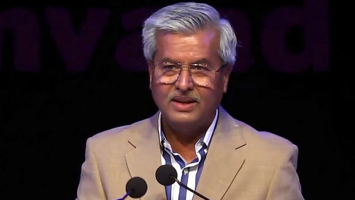 'While thousands remain in jails': SCBA prez Dushyant Dave lodges 'strong protest' over 'selective listing' of Arnab Goswami's plea