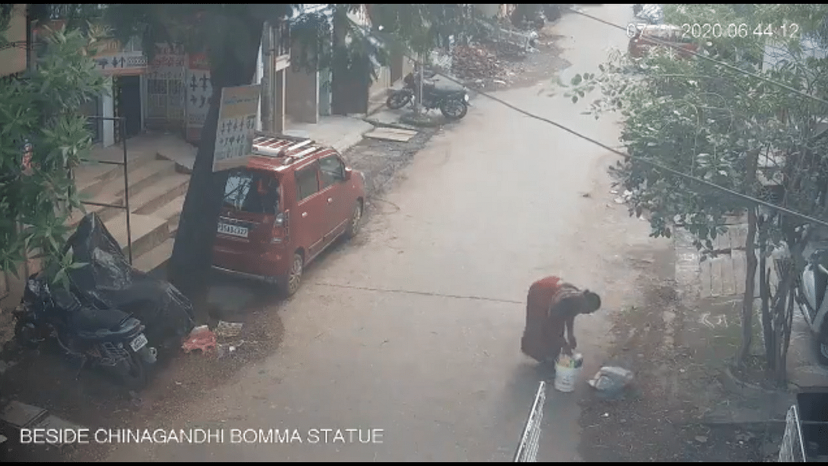 Andhra Pradesh town announces 'return gift' for citizens who litter roads, throw garbage in drains