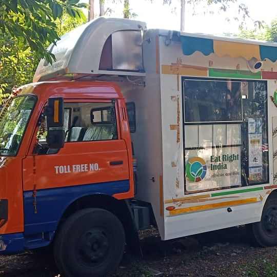Indore: For Rs 10 get food samples tested at mobile lab