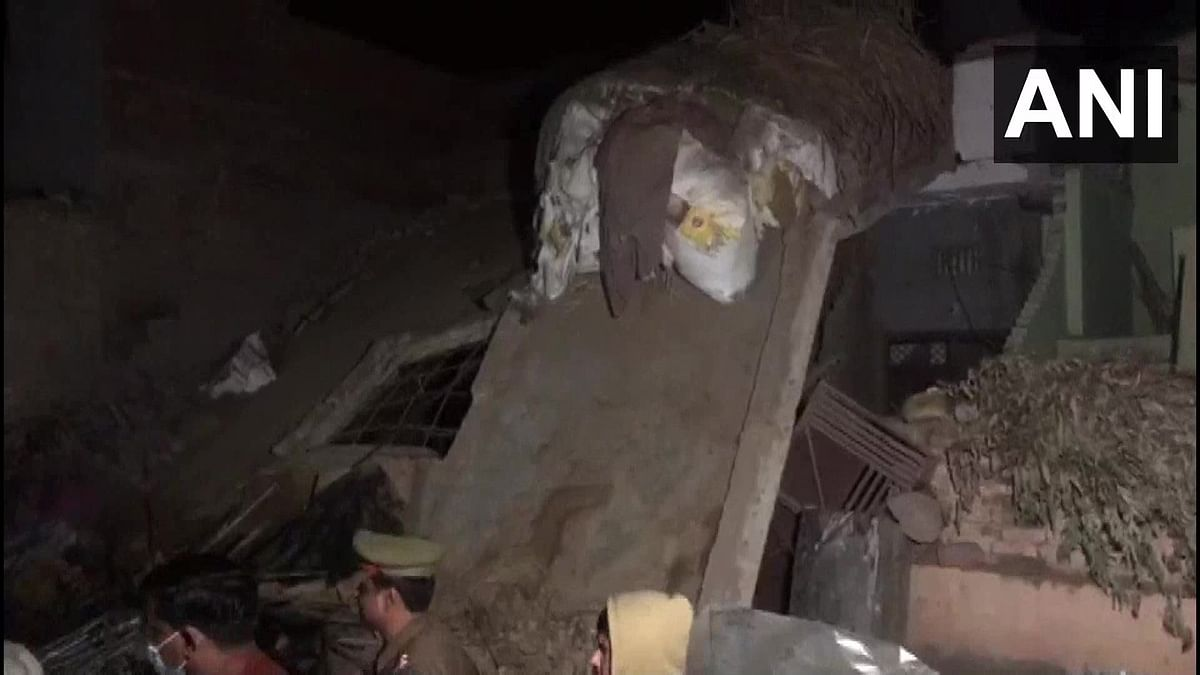 Two killed, five injured in building collapse in Meerut after cylinder blast