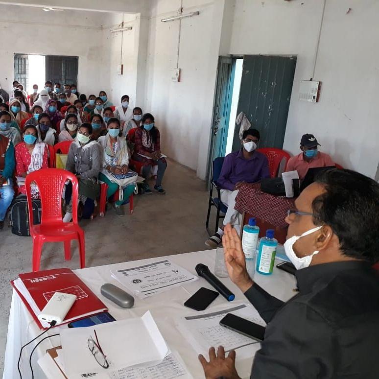 Madhya Pradesh: 'Issue show-cause notice to 43 Anganwadi workers', says Barwani collector