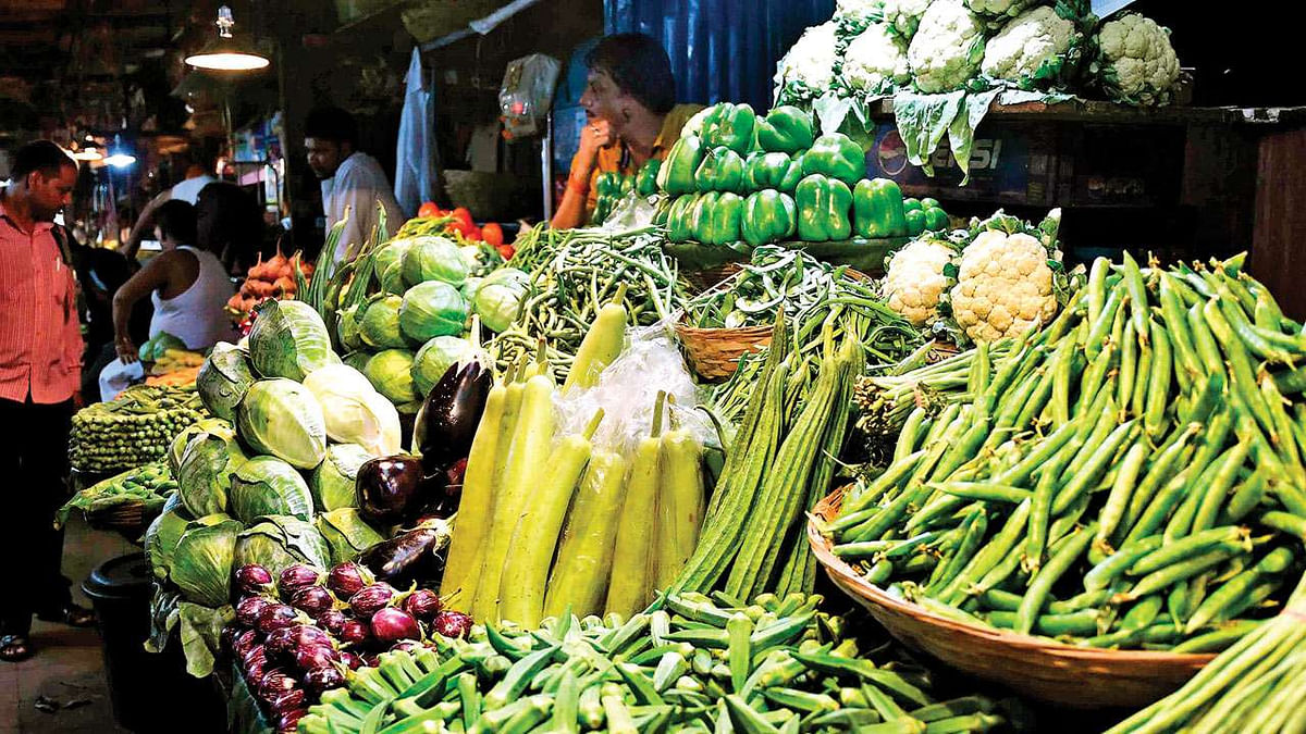 Mumbai: Winter brings cheers, green vegetables dime a dozen