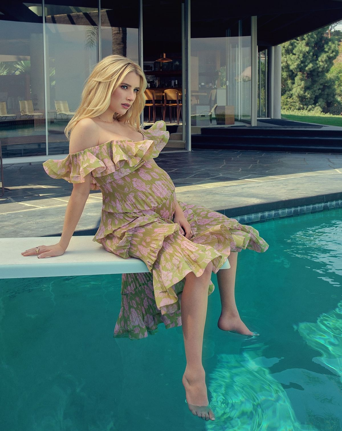 In Pics: Emma Roberts is the first pregnant woman to grace the cover of Cosmopolitan magazine
